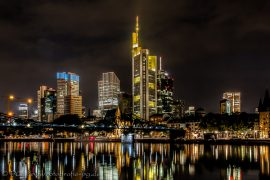 Frankfurt @ Night / V